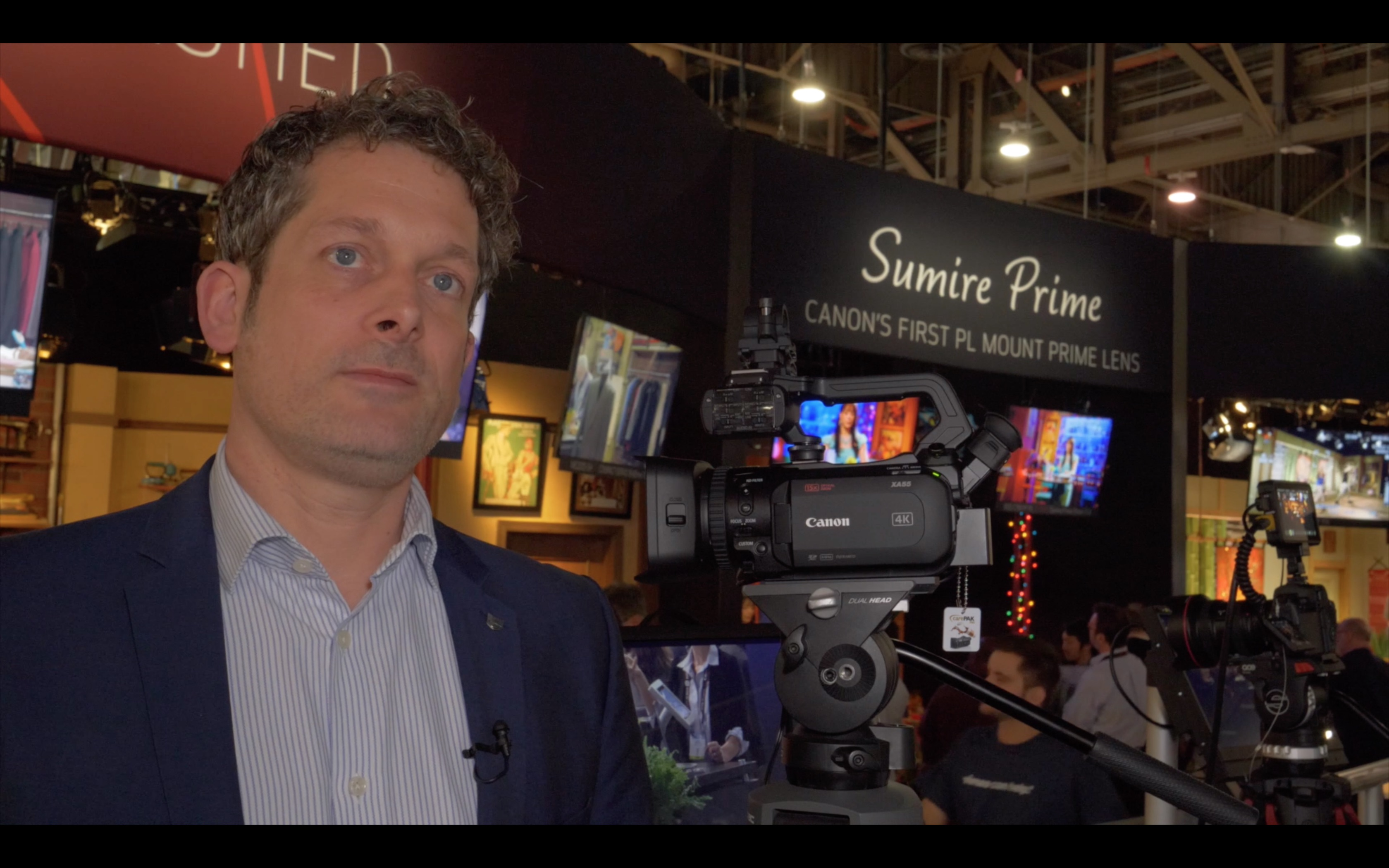 NAB video: Cano XA55 - small professional camcorder with SDI, XLR, Dual Pixel AF and others // NAB 2