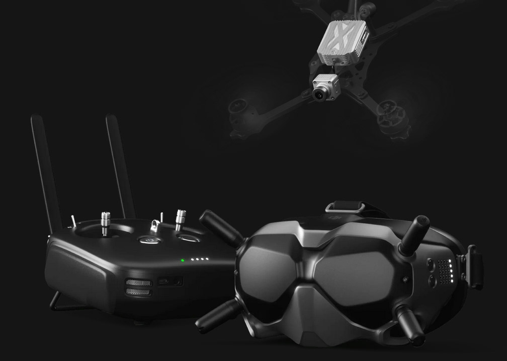 DJI FPV System: Headset especially for drone racing from a first-person perspective