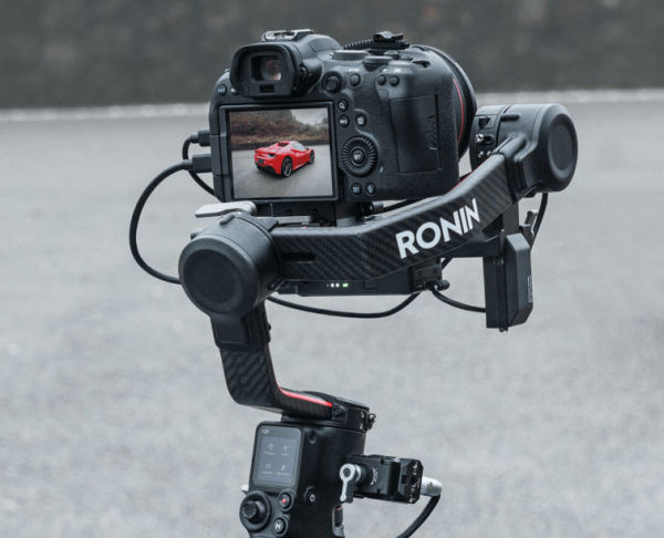 New firmware for DJI RS2/RSC2 gimbals brings support for BMPCC 6K Pro and more cameras