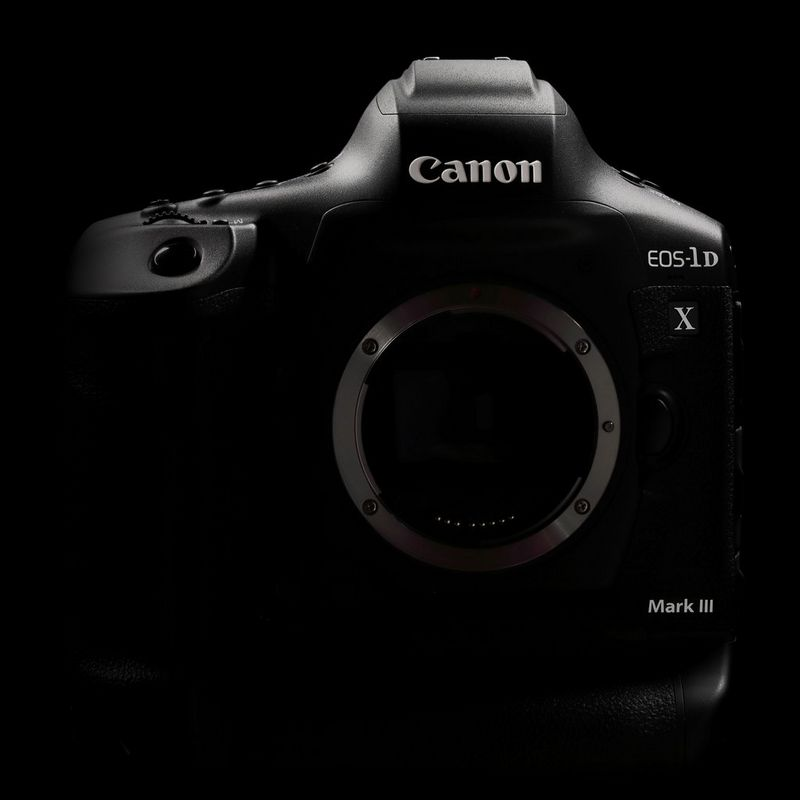 Canon EOS-1 DX Mark III approaching: The new RED option via internal 5.4K 60p RAW recording?