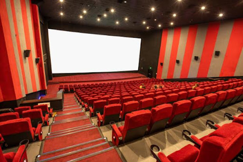 The big movie theater die-off is off - for now