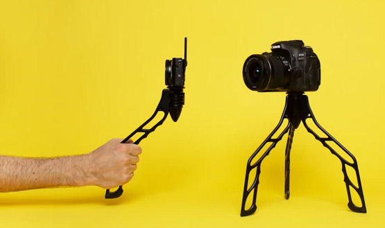 SwitchPod: Mobile Mini Tripod and Hand Tripod in One
