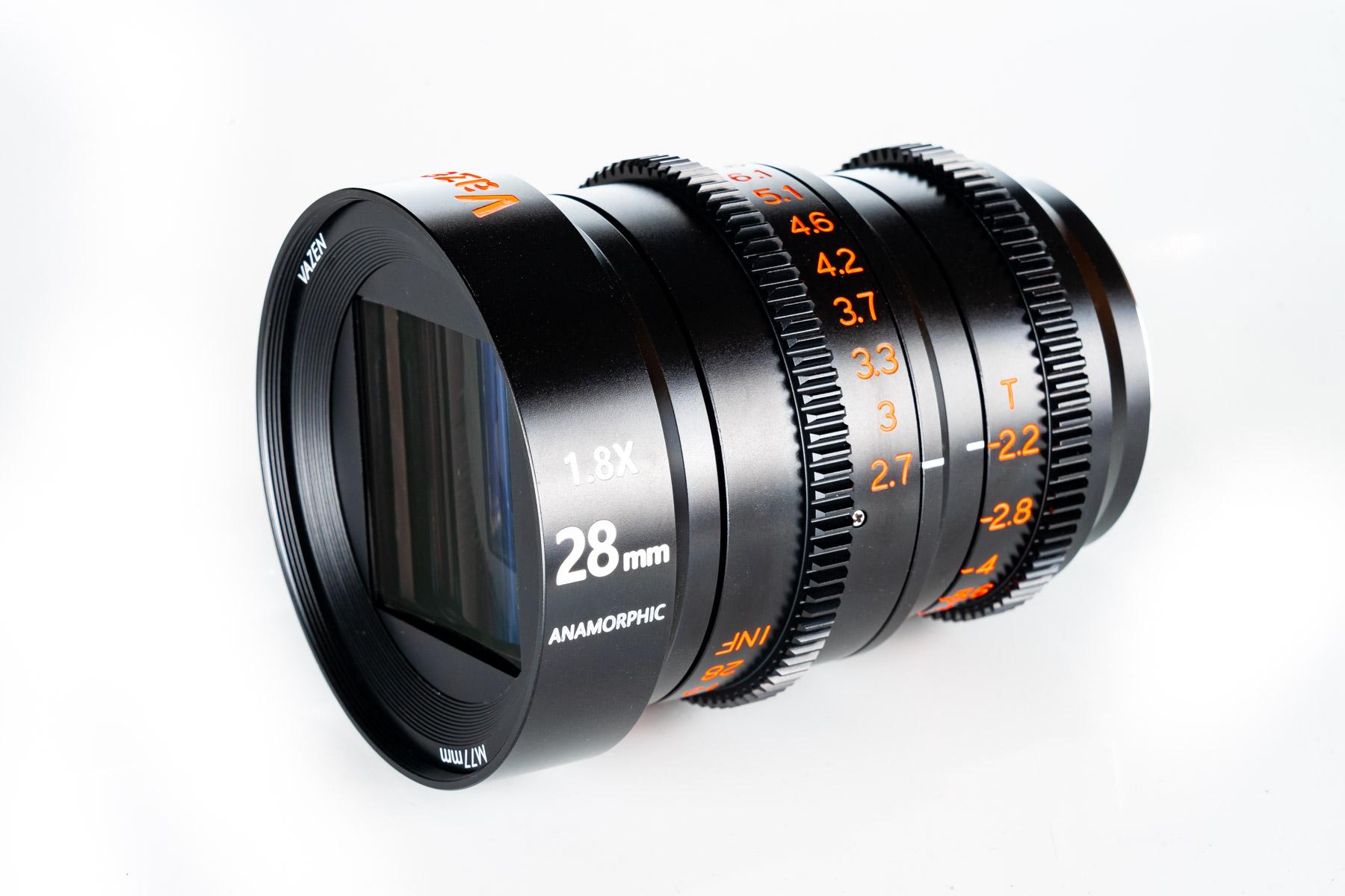 Anamorphic lens for MFT -- VAZEN 28mm T2.2 1.8x