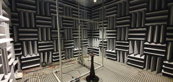 Echo-free-test-chamber