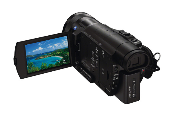 FDR-AX100E-von-Sony_05