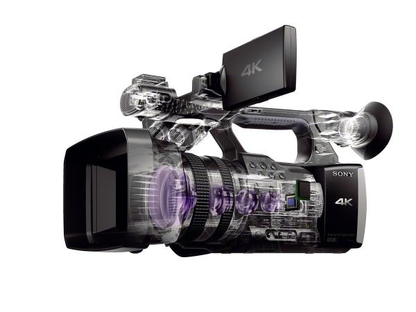 FDR-AX1E-von-Sony_08