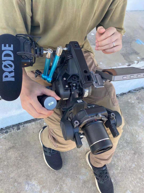 Ronin-4D-in-Hand