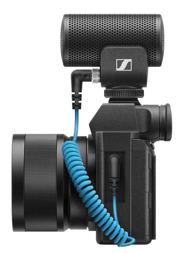 Sennheiser-MKE200-OnCamera2