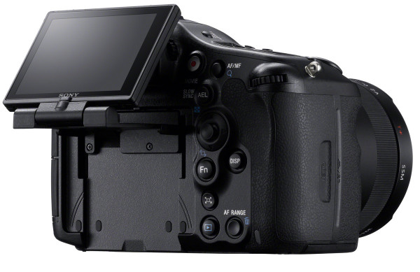 Sony-SLT-Alpha-77-3
