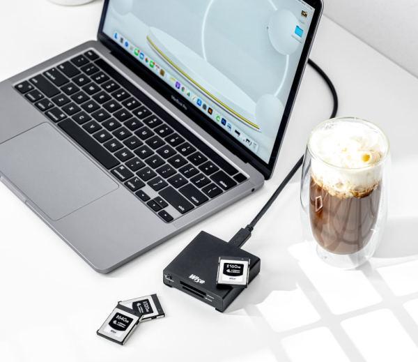 Wise-CFexpress-Type-B-PRO-Memory-Cards-Laptop