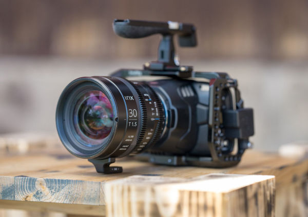 irix_30mm_T1-5_blackmagic_Pocket