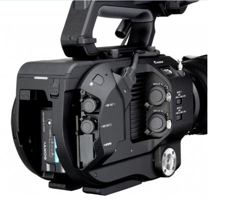 sonyFS7_right